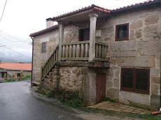 Casa de piedra reformada en Portas