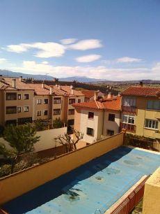Apartamento centrico en urbanizaci�n con piscina