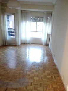 Amplio y luminoso piso en el barrio Guindalera