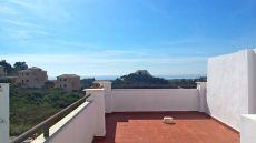 Apartamento en la monta�a con vistas al mar
