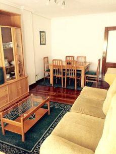 Se alquila estupendo piso en el centro de Castro Urdiales