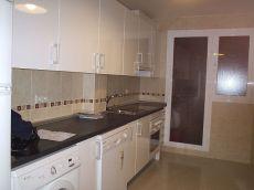 Calle madrid 4 dormitorios 950 euros