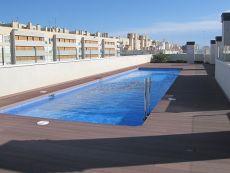 Alquilo piso con piscina y plaza de garaje