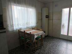 Se alquila piso de 2 habitaciones en trintxerpe.