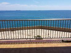 Piso en salou con vistas frontales al mar