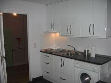 Apartamento amueblado con calefacci�n central junto Pza Espa