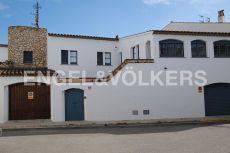 Encantadora casa de pueblo en Puigmolt�