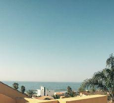 Atico junto a la playa, vistas al mar