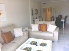 Vivienda con magnificas calidades situada en 1a Linea playa.