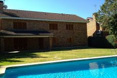 Alquiler casa piscina y garaje La moraleja