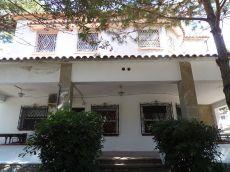 Casa cerca del british school