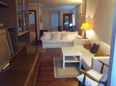 Amplio piso Amara, alto, terraza, calefacci�n gas.