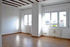 Luminoso piso de 2 habitaciones en el Born