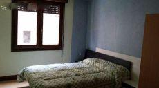 Se alquila piso de 3 habitaciones en loyola.