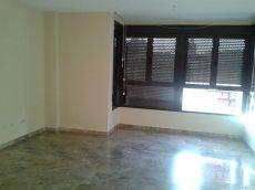 Alquiler piso 3 habitaciones vacio en plaza jesus valencia