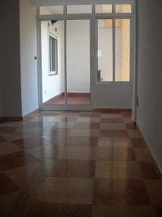 Particular alquila piso 4 dormitorios 2 ba�os 525 euros