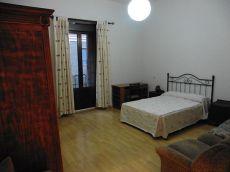 piso exterior de tres dormitorios
