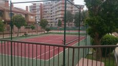 Bungalow frente a colegio