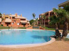 Alquiler casa terraza y piscina Torreciega