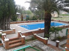 Alquilo chalet con piscina