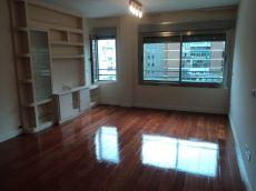 Bravo Murillo apartamento sin muebles, piscina climatizada