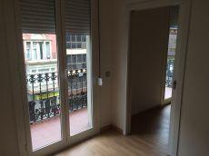 Excelente piso en Balmes