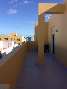 Fabuloso actico con terraza de 2 dormitorios