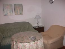 Se alquila bonito apartamento dos dormitorios