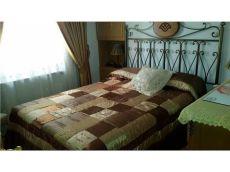 Se alquila piso centrico tres dormitorios con el agua incluida en el precio