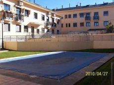 Pueblo 1 dormitorio, garaje, gas natural, piscina amueblado