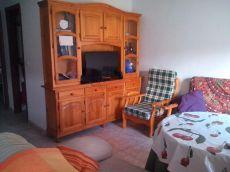 Se alquila piso de 1 dormitorio en el centro de M�rida