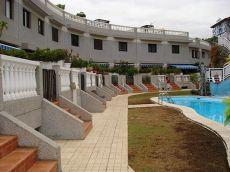 Adosado 2 dormitorios, amueblado, garaje, piscina