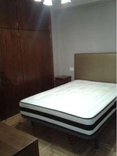 Piso amueblado en zona Calvario, 2 dormitorios
