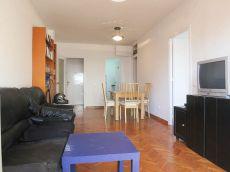 Piso sin muebles Reformado de 3 Habitaciones en Gracia