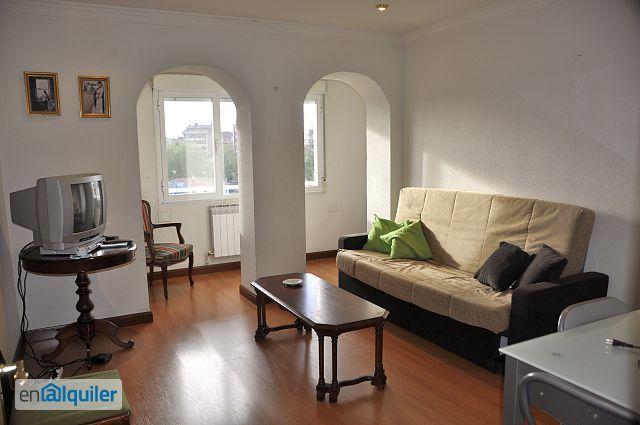 Reformado y amueblado. Exterior con vistas. 2 dormitorios