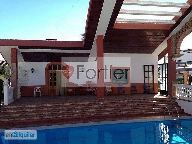 Alquiler piso piscina y garaje urb la teja 3972528 for Piso jaen alquiler