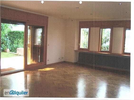 Alquiler casa garaje y trastero montilivi palau for Alquiler garaje