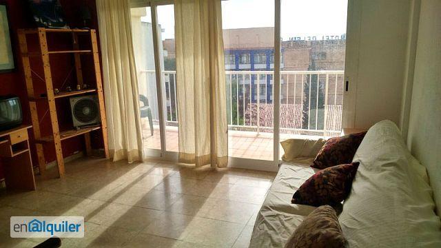 Apartamento con vistas a piscina