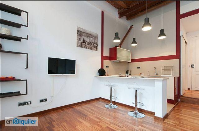Bello studio con soppalco 4197486 for Affitti brevi barcellona