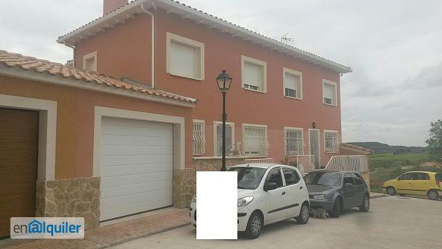Alquiler de pisos de particulares en la comarca de la alcarria for Pisos alquiler valdeluz