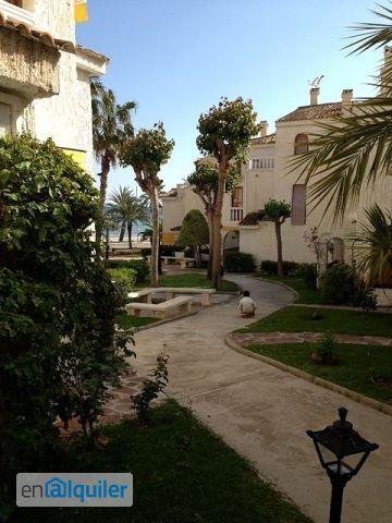 Duplex en urbanizacion residencial varadero. Vistas mar.