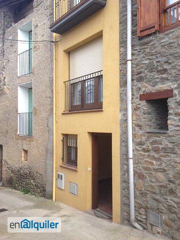 Alquiler casa con 2 habitaciones Adrall