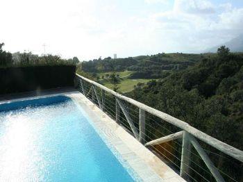 Casa con piscina privada en urb santa clara 4600194 for Casa con piscina privada alquiler