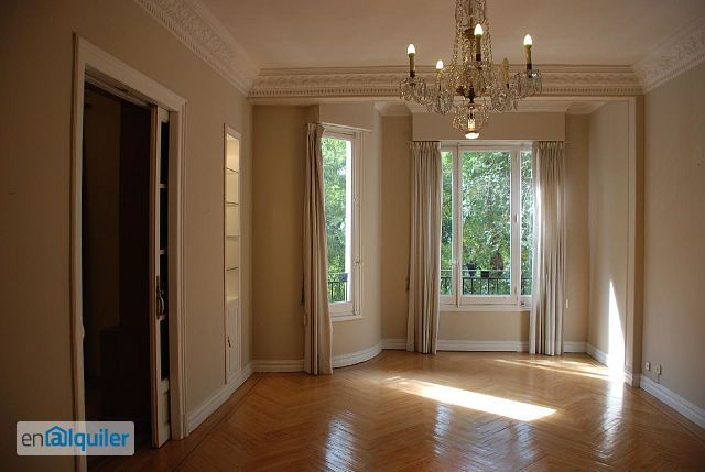 Alquiler piso terraza y garaje moncloa aravaca 2675895 for Alquiler pisos madrid capital