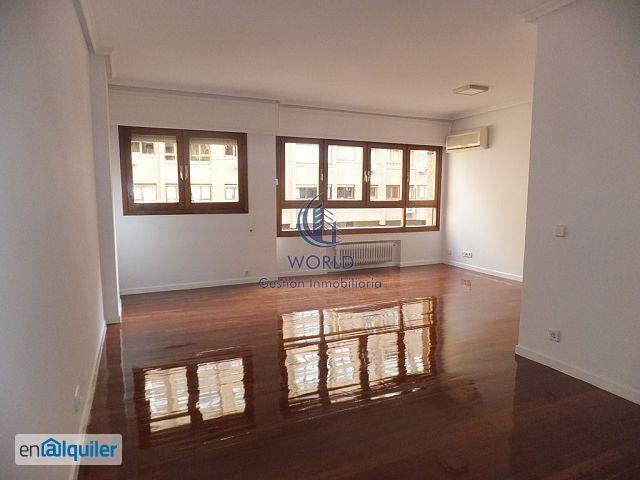 Precioso piso con terraza en zona de gaztambide.
