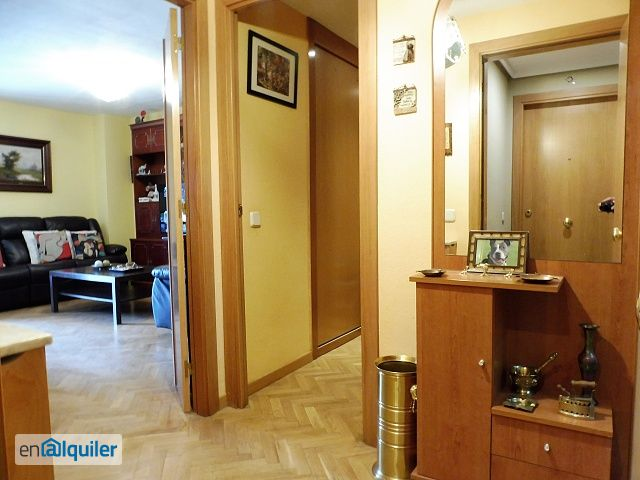 Excelente vivienda de 4 dorm muy luminosa en sanchinarro - Alquiler piso en sanchinarro ...