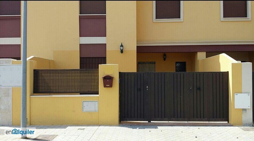 Alquiler de pisos de particulares en la ciudad de mairena for Alquiler de casas en sevilla particulares