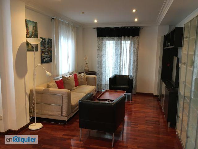 Busca Lugares para quedarse en A Coruña con Airbnb
