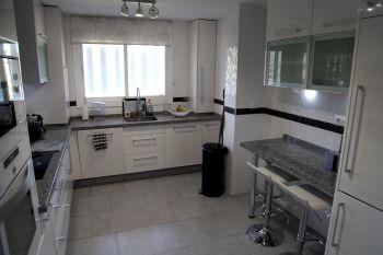 Ático dúplex de 3 dormitorios 2 baños (Alcorrín, Málaga)