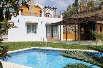 Chalet, Trapiche, 4 dormitorios. (Almáchar, Málaga)